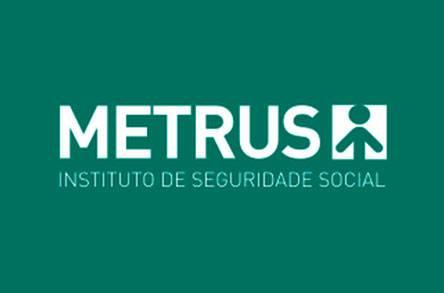 Médico especializado em cirurgía geral, cardiovascular, endovascular e marcapasso, atende o plano de saúde Metrus - Instituto de Seguridade Social