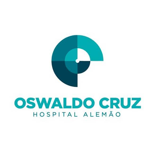 Médico especializado em cirurgía geral, cardiovascular, endovascular e marcapasso, atua no Hospital Hospital Alemão Oswaldo Cruz