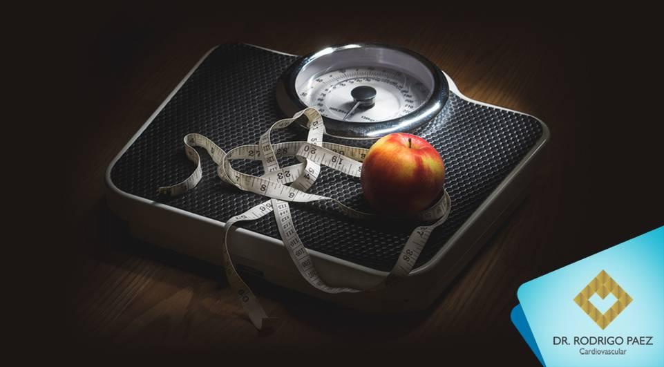 Estudo revela a relação entre cintura e estatura (RCE) e os riscos cardiovasculares.