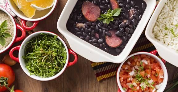 Manter uma dieta irregular aumenta as chances de ter um ataque cardíaco.