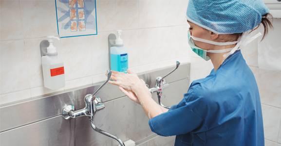 Infecção hospitalar. Prevenção e controle são fundamentais.